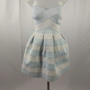 B. Smart Strapless blue/white Size 7/8 Dress B3/55